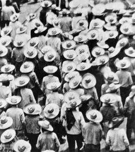 Marcia di campesinos, Messico, 1928 (Tina Modotti)