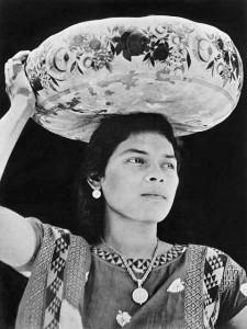 Donna di Tehuantepec, Messico, 1929