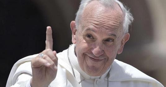 2122001-pope_fra
