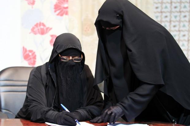 Il Cairo. La redazione del canale TV di sole donne con il velo